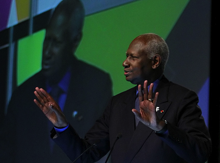 Abdou Diouf à l'ouverture du forum lundi (Photo FMLF12)