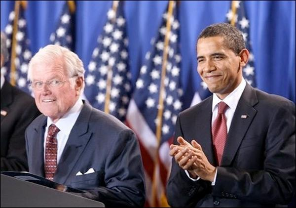Ted Kennedy et Barack Obama le 21 avril 2009 à Washington (AFP)