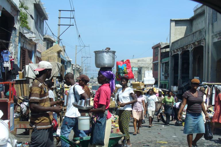 Rue de Port-au-Prince  (photo Pascal Priestley / TV5monde, juin 2009)