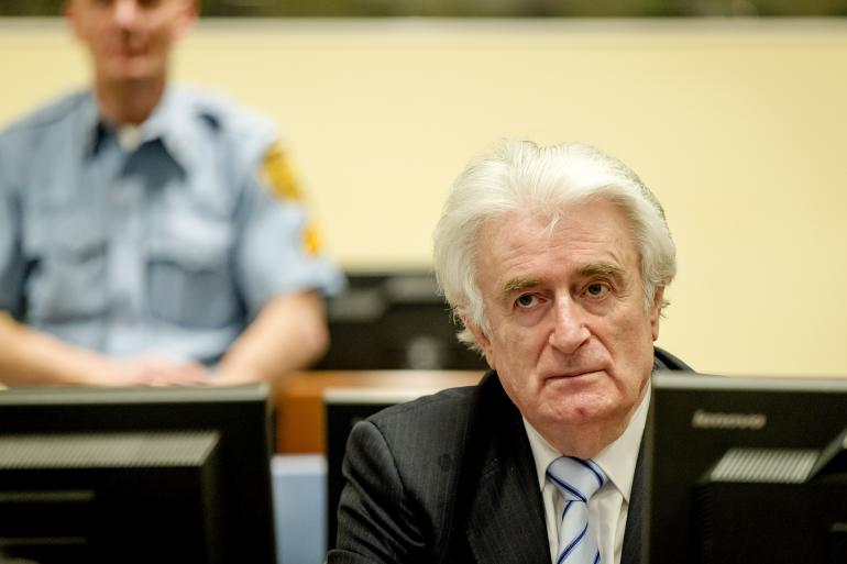 L'ancien chef politique des Serbes de Bosnie, Radovan Karadzic condamné jeudi 24 mars par le tribunal international à 40 ans détention pour génocide et crimes contre l'humanité pendant la guerre de Bosnie.