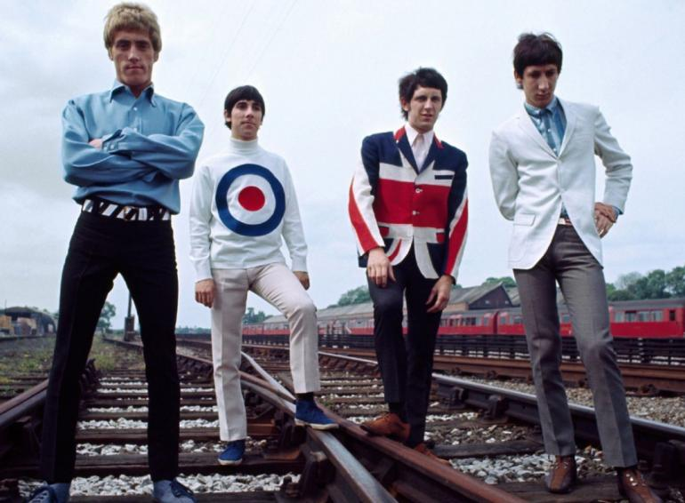 THE WHO,  Séance photo dans la banlieue de Londres (1966).