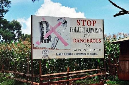 Campagne contre l'excision en Ouganda. Wikicommons