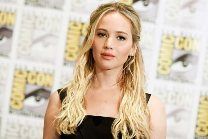 Jennifer Lawrence, 25 ans, une actrice multimillionaire qui revendique à Hollywood son anti-conformisme et sa franchise