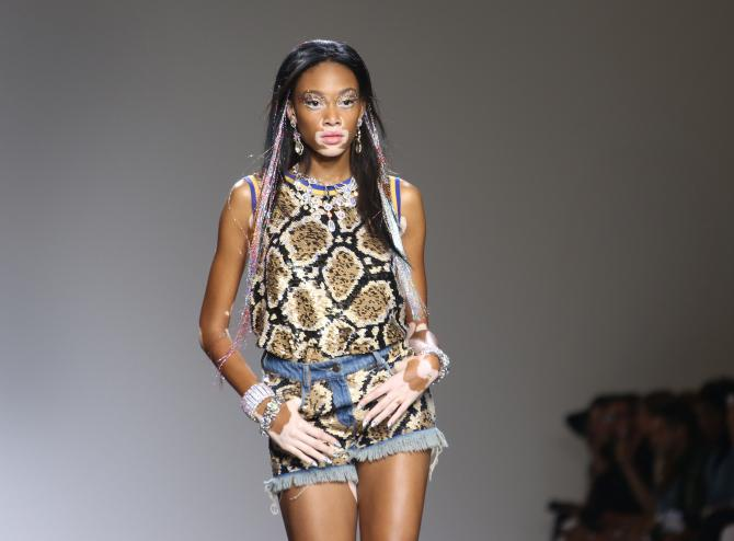Chantelle Brown Young durant la Fashion Week de Londres en 2015