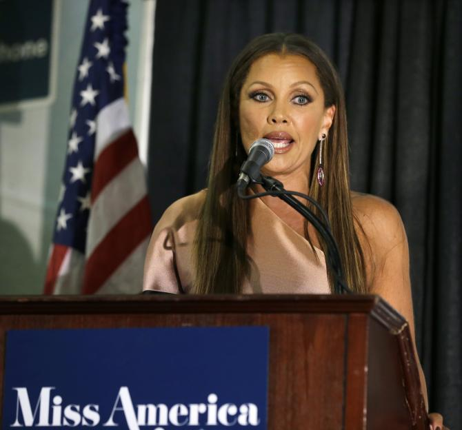 Vanessa Williams sur la scène de l'élection de Miss America 2016 le 13 septembre 2015, in Atlantic City.