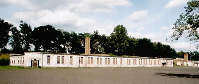 Un « <em>block</em> » d'internement du camp de Ravensbrück.