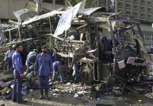 L'attentat de Karachi de mai 2002 (photo AFP)