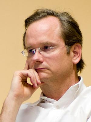 Lawrence Lessig, instigateur de la fondation et de la licence Creative Commons (Photo : Joi Ito CC-BY-2.0)