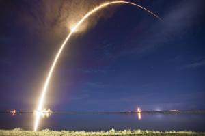 Lancement d'une fusée Falcon 9 en septembre 2014 (photo Space X)