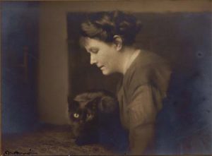 May Sinclair et son chat Jerry (1924), (Boll) DR