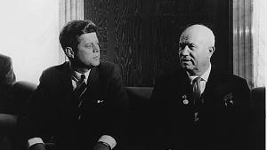 John F. Kennedy et Nikita Khroutchev se rencontrent à Vienne, Autriche, 1961 / National Archives and Records Administration