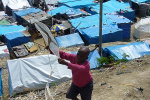 Camp de Bistrout à Pétionville (photo Pascal Priestley/tv5monde, mars 2010