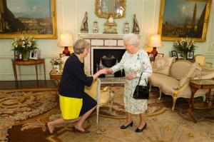 Theresa May reçue par le reine le 13 juillet 2016.<br />
