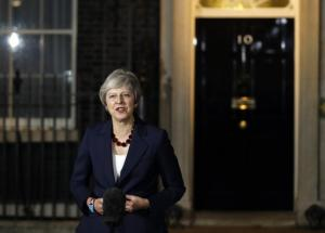 Theresa May le 14 novembre devant le 10, Downing Street.<br />